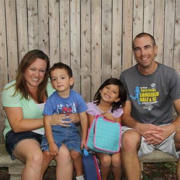 Greg Wondra氏の家族。妻のHeather、3歳の息子Tyson、5歳の娘Winni