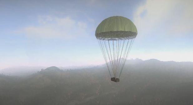 Airdropsにより、パラシュートで投下される物資