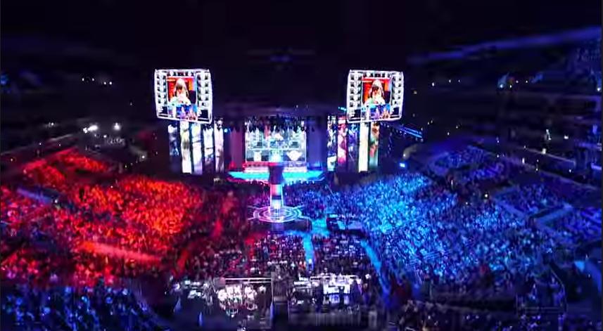 LoL World Championship 2014の様子。 会場のソウルワールドカップスタジアムは、約6万人を収容する。