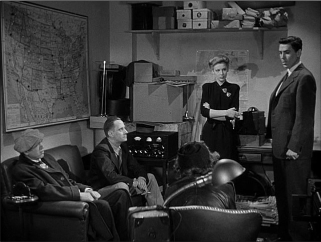 FBIが製作に協力した異例な映画『Gメン対間諜』。刑事ドラマの方向性を決定づけた記念碑的作品である