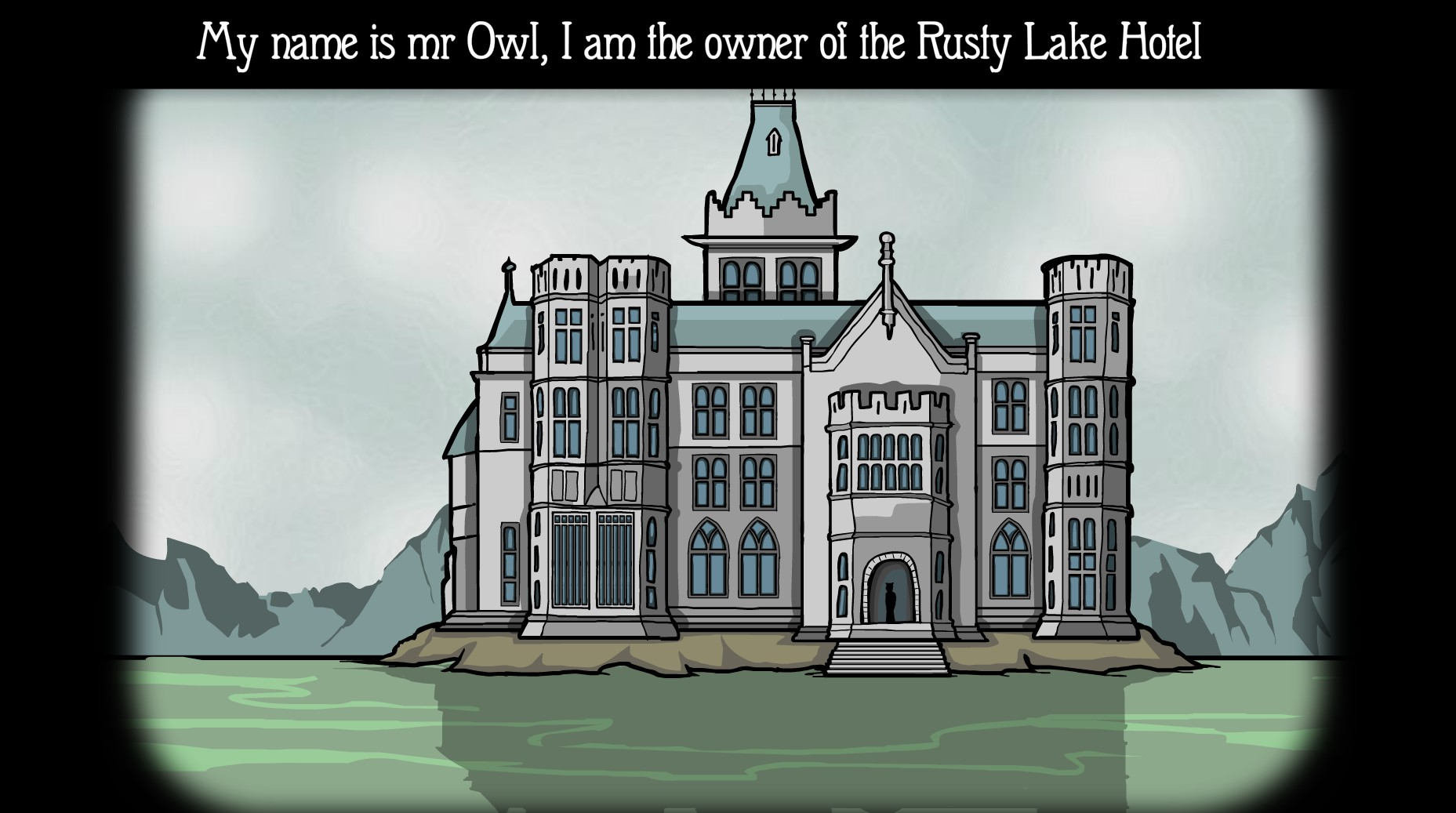 """広大な湖のほとりにたたずむ「Rusty Lake Hotel」。ボートがなければ対岸からホテルに着けないという立地は推理小説における「雪山の山荘」や「孤島の洋館」をイメージさせ、いかにも""""何か""""が起こりそうだ。"""