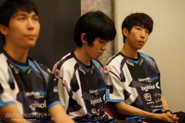 Ceros選手(左)Hikari選手(中央)viviD選手(右)。オフライン大会の経験が少ないにもかかわらず奮闘したHikari選手は、チームとしてはRPGに及ばなかったものの、何度も何度も素晴らしいプレイを見せてくれた。