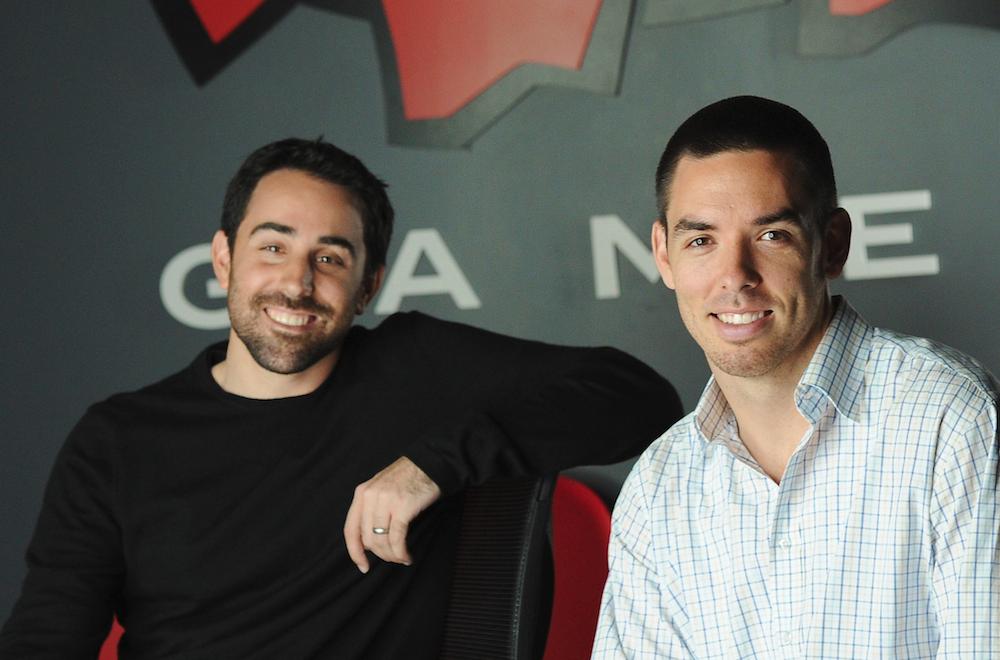 "Riot Games創立者のBrandon ""Ryze"" Beck氏(左)とMarc ""Tryndamere"" Merrill氏(右)画像引用元:League of Legends wikia"