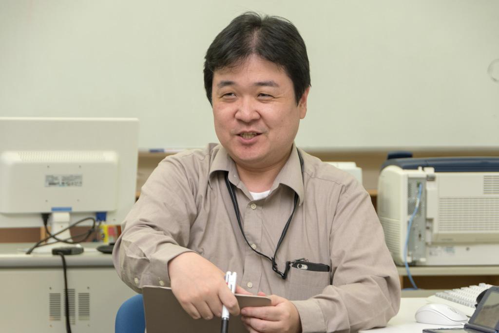 東北文教大学の教員である眞壁先生