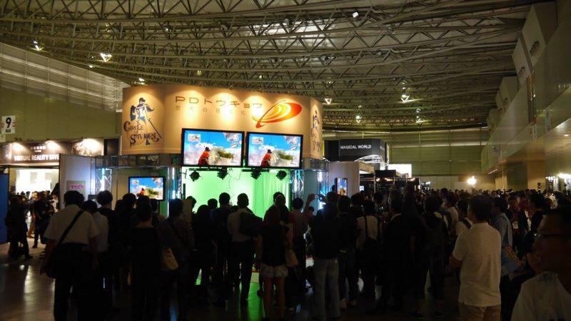 TGSで『CoS』はVRゲームにもかかわらず観客で大賑わいだった。その理由は後述する。